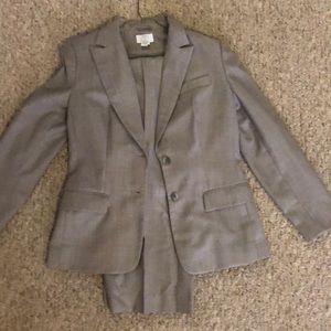 Grey 2 piece pants suit